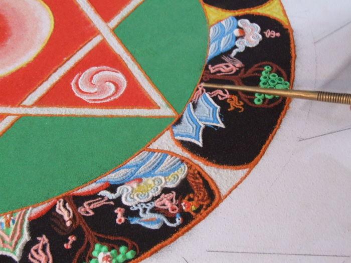 Mandala réalisé par des moines tibétains