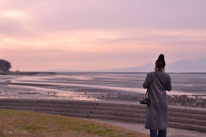 後ろ姿をパシャり(*´艸`*) Sky_collection EyeEm Best Shots EyeEm Best Shots - Sunsets + Sunrise Sea And Sky Sea Sunsetporn Portrait Sky_collection 干潟 有明海