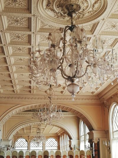 Soffitto A Cassettoni Dettails  Lido Di Venezia No Filter, No Edit, Just Photography HuaweiP9 Venice, Italy Hotel Excelsior History Arch Ceiling Ornate Place Of Worship Architecture Chandelier Crystal Architectural Detail