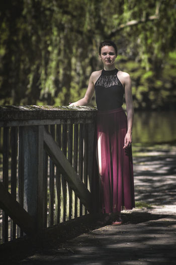 the bridge Still Life Taking Photos Lifestyles Taking Pictures Getting Inspired Getting Creative Eye4photography  Standing Girl Outdoors Portrait Beauty Beautiful People Full Length Women Fashion Model