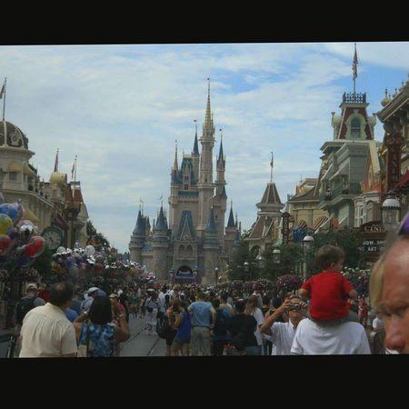 DisneyWorld Disneysepcot Landofsmiles Landofthedreams WhereDreamsComeTrue