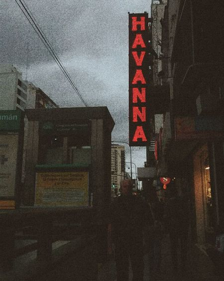 Up Close Street Photography Havanna Club Subterráneo