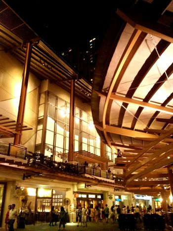 City Lights Greenbelt Makati Philippines Buliding Buildings Architecture Building Design Establishment Architecture Mall Night Large Group Of People Built Structure Bar - Drink Establishment Architecture City People Lifestyles Nightlife Mobility In Mega Cities