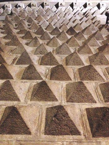 La casa de tachuelas Pattern Full Frame Backgrounds No People Wall Stone