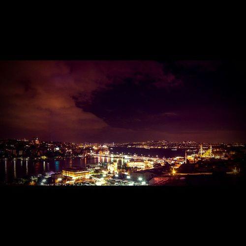 Istanbul her an güzeldir. Türkiye City Color nature mystery manzara gece light night architech mimari travel