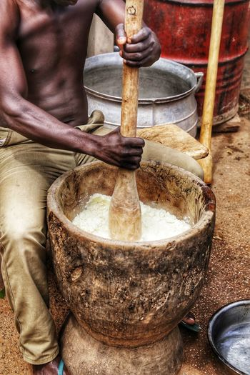 Foufou Planten Ghana West Africa. Ghana Africa Fufu Foufou Food WestAfrica Human Hand Working Men Occupation Business Finance And Industry Close-up Prepared Food