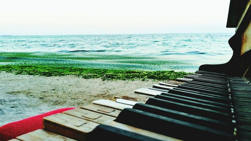 Old Piano Beach Evening Green Sea Sea And Sky Sand Piano Keys Pivotal Ideas TakeoverContrast Dramatic Angles Maximum Closeness