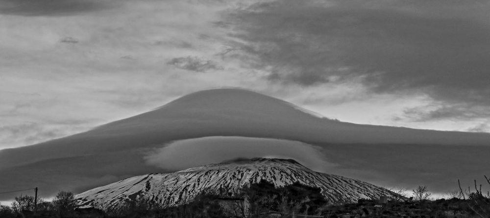 Beauty In Nature Cloud - Sky Contessa Etna, Mountain, Sicily, Landscape Mountain Nature Nube Nubelenticolare Outdoors Scenics Volcano
