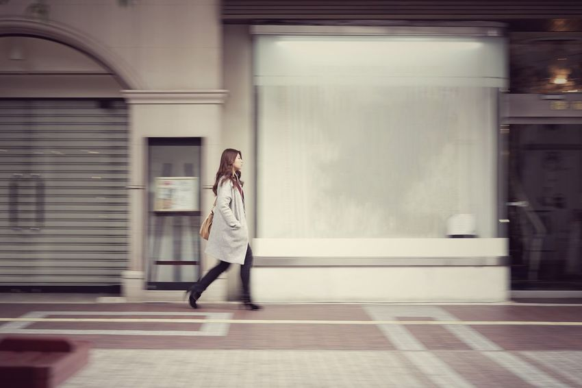 Capture The Moment Walking One Person One Young Woman Only Panning Shoot Street Photography Uzu St. Women Who Inspire You Landscapes Fine Art Still Life People Architecture Selective Focus Women Around The World Fashion Urban Exploration Full Length Full Frame Detail Oldlens Zeiss Sonnar EyeEm Best Shots 17_01 The Street Photographer - 2017 EyeEm Awards