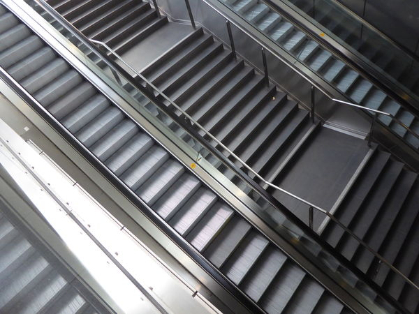 Architecture Berlin Central Railway Station Berlin Hauptbahnhof Built Structure Escalators Escalators And Steps Modern No People Stainless Steel  Staircase Steel Stairs Steps