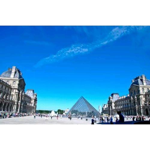 Pyramide Du Louvre France Paris Tags Forlikes