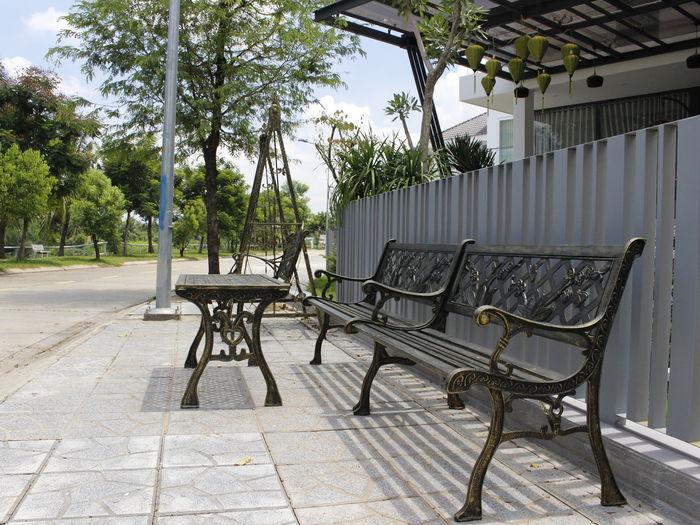 Nhôm đúc Lc cung cấp các sản phẩm bàn ghế nhôm đúc, xích đu nhôm dúc, cổng nhôm đúc , cầu thang nhôm đúc Aluminum Architecture Bannhomduc Chair Congnhomduc, Cổng Nhôm đúc Furniture Ghenhomduc Nhom Duc Lc Nhom Duc Lca Nhôm đúc Lac Nhôm đúc Lca Outdoor Chair Outdoors Seat Table