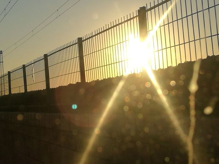 Fences Sunrise N Sunsets Worldwide  Hi Voltage Automne🍁🍂🍃 EyeEm Selects EyeEm Best Shots Perspectives On Nature EyEmNewHere Sky City Cables, Electricity Pylons Metalic Fence Architecture Close-up Sunnyday☀️ Business Finance And Industry EyeEmNewHere The Graphic City