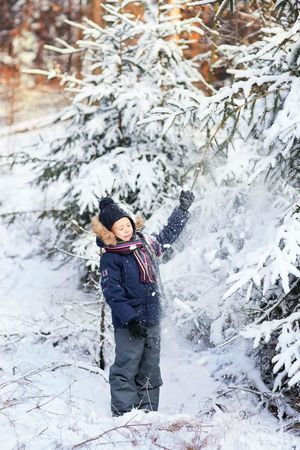 It's Cold Outside Nature Forest Kids Children Portrait Enjoying Life Life Photooftheday Happy People Winter Eye4photography  Picturing Individuality People Photography