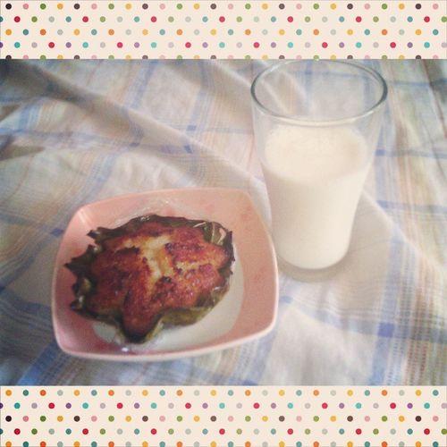 Breakfast muna bago matulog ☺🍴👍 Justgothome Nightshiftduty Food Bibingka Milk HomeAlone Sleeptime😴 Tired Morning