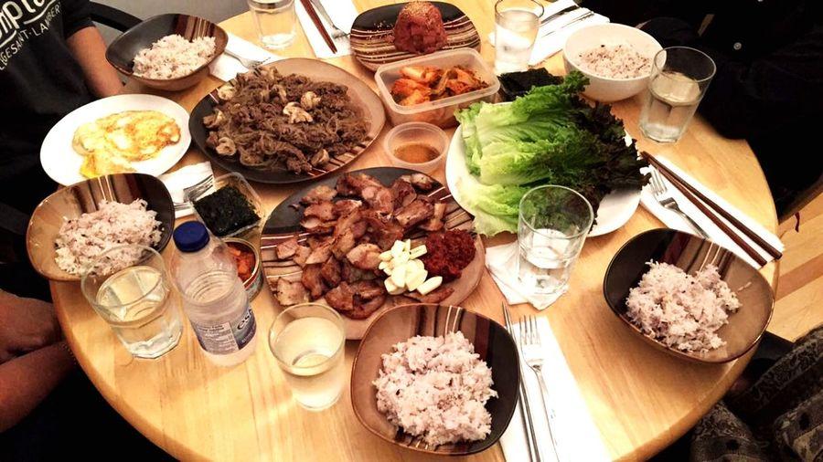 Korean fooooood Koreanfood Korean FoodHigh Angle View Table Meal Healthy Eating Ready-to-eat Indoors  No People Hangu 韩国 🇰🇷饭삼셥살살음식식맛있어어어머머한국음식식Deliciouss