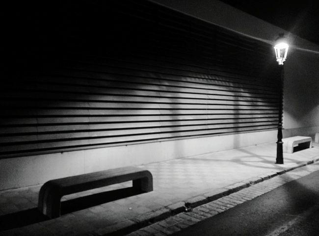 Day 362 - Spanish street minimalism Valls SPAIN Streetphotography Streetphoto_bw Blackandwhite Minimalism Lines 365florianmski 365project Day362