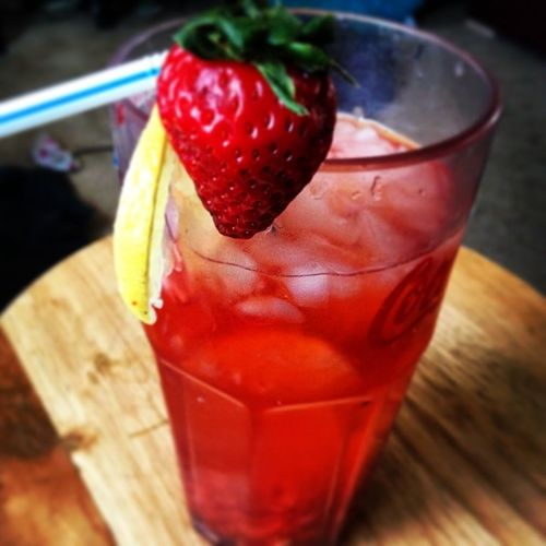 Fresh homemade strawberry lemonade Eyecandysorted