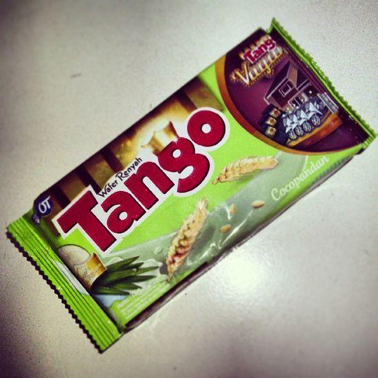 Tango new variant neh .. nyoba aaahhh .. :) Tango Wafer New Variant cocopandan