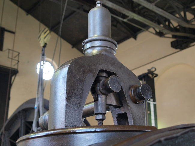 Indoors  Industrial Low Angle View Machine Machinery Metal Mining No People Old-fashioned Technology Winch