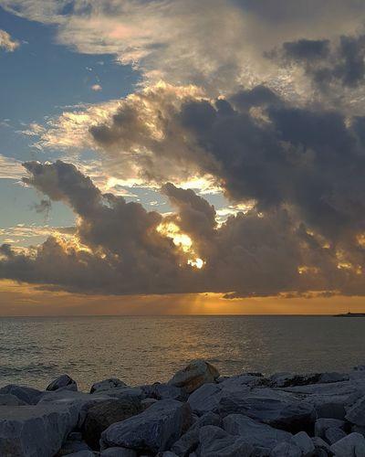 cielo di questa sera.. Sunset Sea Beach Nature Tranquility Beauty In Nature