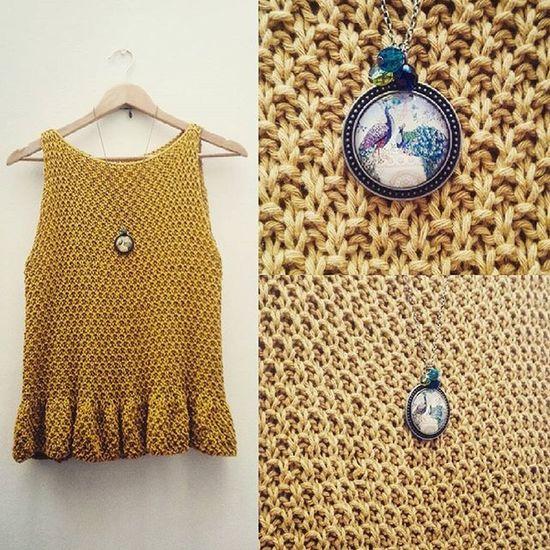 Nuevo Top Peplum de Tatapatata ! Justo lo terminé ayer, lleva unos 300g de algodon y alrededor de 9 horas tejerlo💕 Love Peplumtop Yarn Knit Knitwear Handmade Handknitted Mustard Senshoku Drops Paris