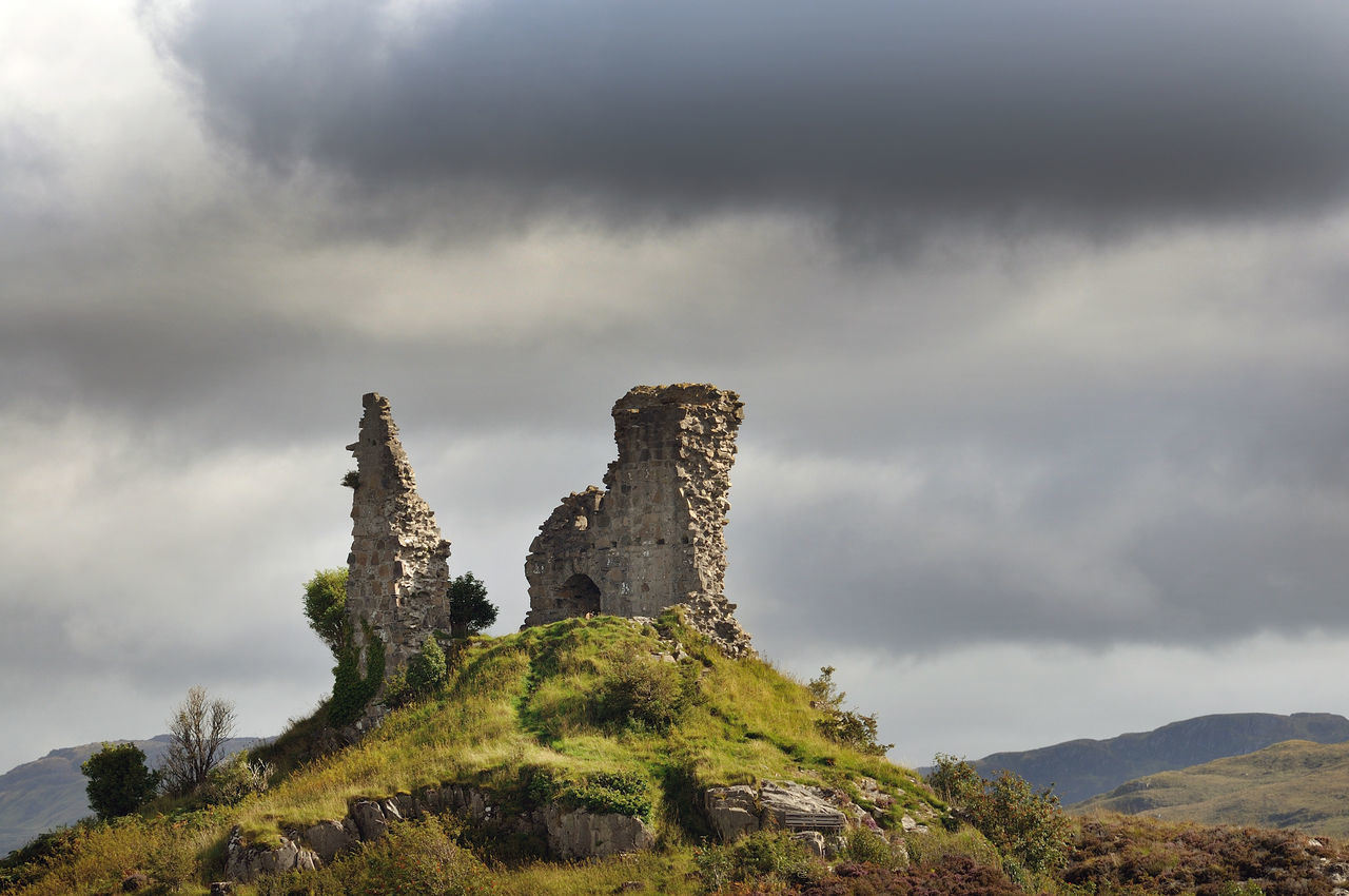 cloud - sky, sky, architecture, mountain, history, built structure, the past, nature, beauty in nature, scenics - nature, no people, tranquil scene, day, old ruin, ancient, tranquility, building exterior, travel destinations, environment, outdoors, ruined, ancient civilization