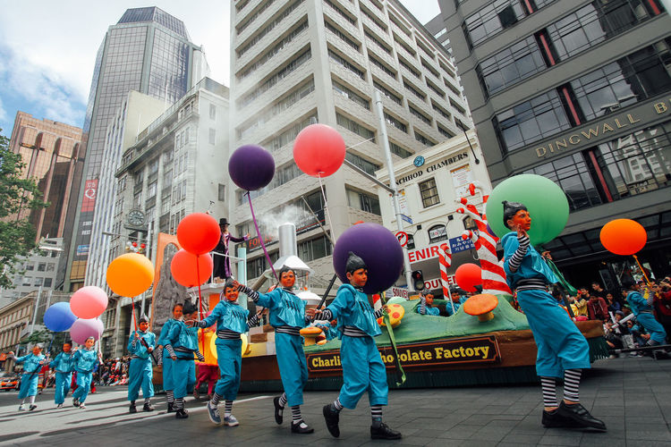 Group Of People City Balloon City Life Celebration Lifestyles Crowd Santa Santa Parade Christmas Merry Christmas Parade Happiness Togetherness Boys Colourful Summer Time  Summer Christmas New Zealand Auckland Culture And Tradition Street Performance Clown Happening Joyful Moments
