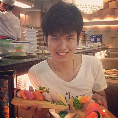 Sushi Sashimi  Sushiboy Cute boy foreveralone smile handsome thai love eat japan
