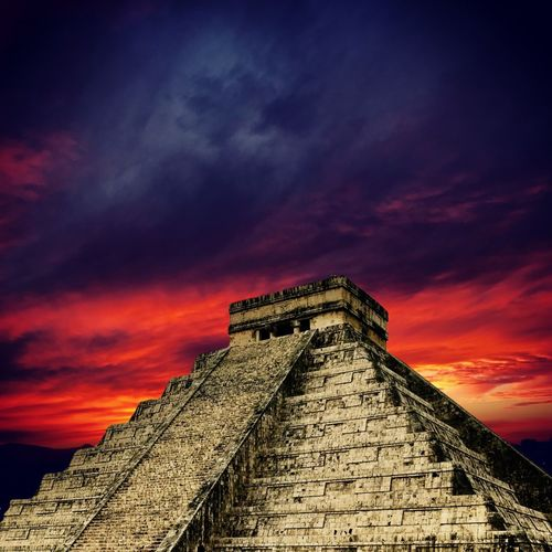 Apocalipsis EyEmNewHere New School Photo Apocalipsis Mayas Chichen-Itzá History Built Structure Architecture The Past Ancient Civilization Ancient Cloud - Sky