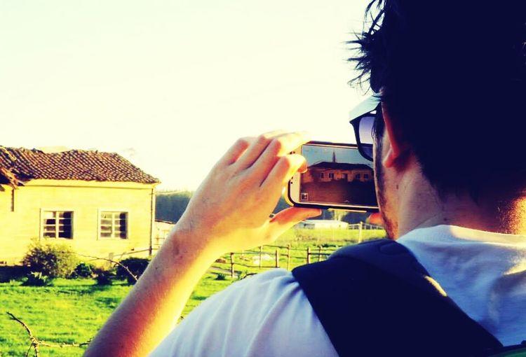 Una foto tomando otra foto xdd Buenos Momentos Fotografia Arte Fotografico Samsung Galaxi