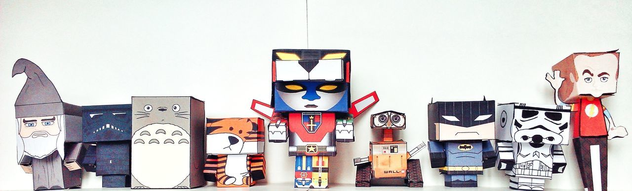 Paperpezzy Papercraft Toy Photography Mobile Photography Totoro Hobbes Voltron Sheldon Stormtrooper Wall-e Paper View