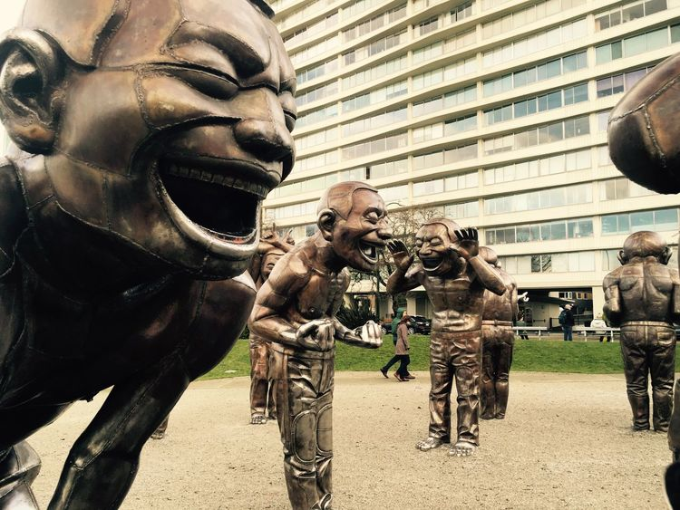 The Laughing Men Togetherness Statue Vancouver BC Bronze Sculpture Bronze Statue Outdoors Laughing Laughing Out Loud Laughter Is The BEST Medicine Possitivealtitudes Possitive Mind