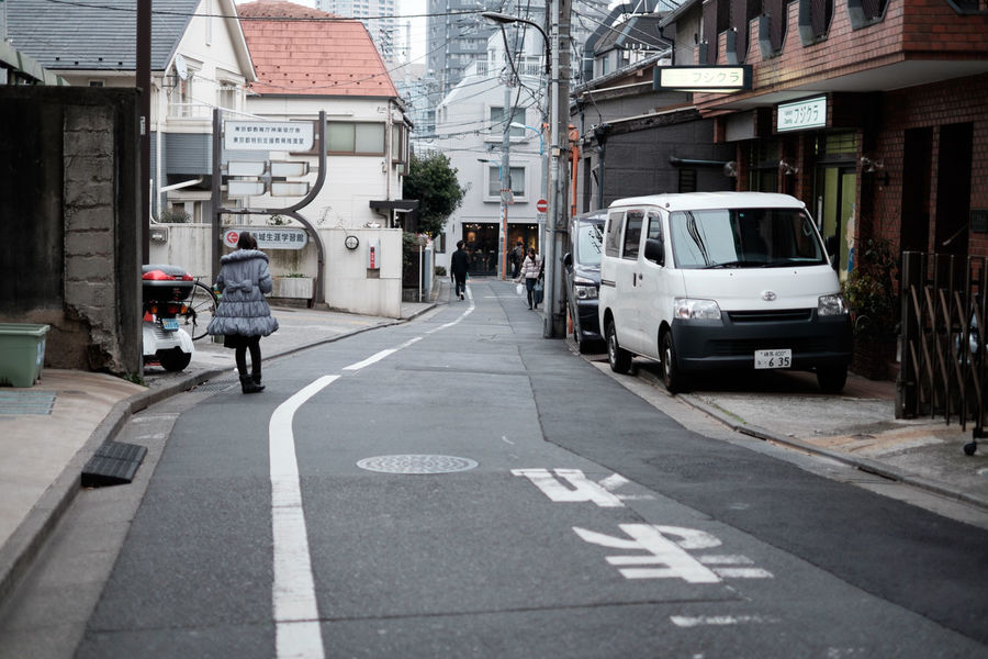 神楽坂 Alley Bystreet Fujifilm Fujifilm X-E2 Fujifilm_xseries Japan Japan Photography Japanese Style Kagurazaka Road Street Street Photography Tokyo Xf35 Xf35mm 日本 東京 神楽坂 路地