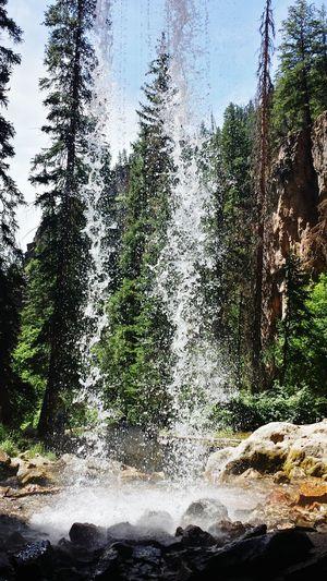 Spouting Rock Glenwood Springs Hanging Lake Colorado Behind The Falls Waterfall Hikingadventures