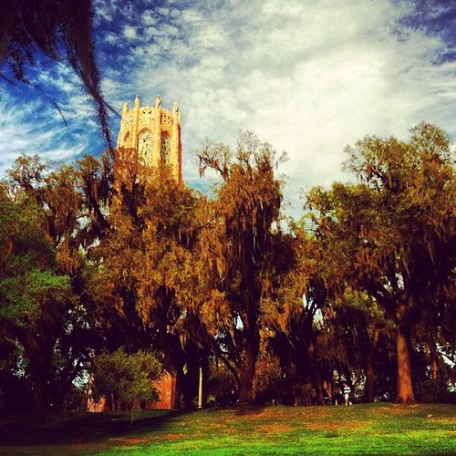 One place you must experience before you die. Boktower Garden Florida Lakewhales ig igers igdaily instahub instagram instamood beauty tranquility trees amaro outdoors iphone4 iphonesia iphonegraphy love historical bok