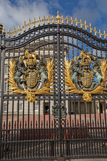 Architecture Buckingham Palace Building Exterior Built Structure Crest Gates Gold Gold Colored London No People Outdoors Royal Palace Royalty Wrought Iron Gate