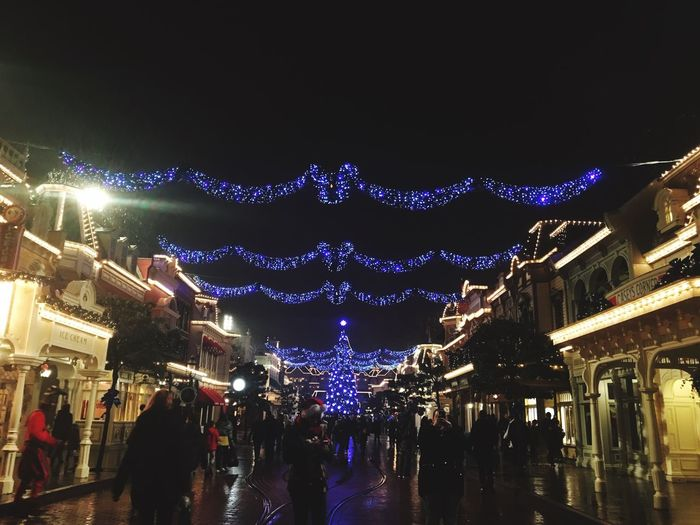 ❄️☃️ Illuminated Night Christmas Christmas Decoration People French Disneyland Paris Paris Castmember Work Myworld