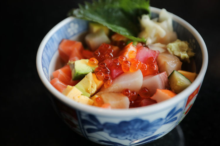 Sushi Donburi Food Healthy Eating Bowl Food And Drink Vegetable Freshness Ready-to-eat Salad Meal Meat Japanese Food