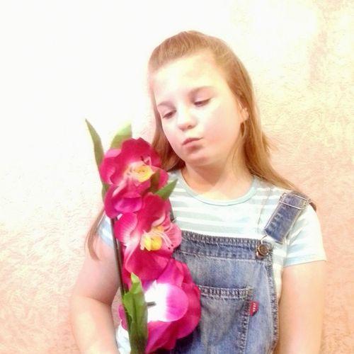 Flower Child Childhood Holding Close-up First Eyeem Photo