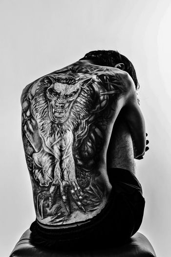 Human Body Part Adult Indoors  Real People People Lycan  Tattoo Light And Shadow Photography Canonphotography 70d Pose Male Backtattoo Fullbodytattoo Tattoos One Person EyeEm Best Shots Eye4photography  EyeEm Selects EyeEm Best Edits Eyeemphotography EyeEm Best Shots - Black + White Eyem Gallery Eye4black&white  eye Fresh On Market 2017 EyeEmNewHere
