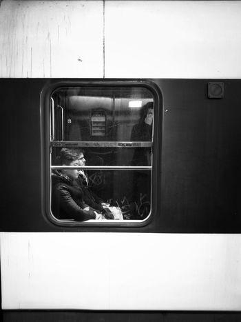 Parisian morning Huawei P9 Leica Streetphotography People Real People Blackandwhite B/W Photography Subway Train Train Interior RER Graphisme HuaweiP9 Public Transportation Paris ❤ Noir Et Blanc RerB Huaweiphotography Star Field Window