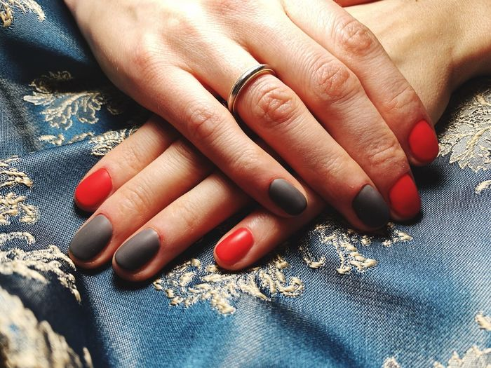 Women hands bicoloured nails Rose And Grey Nails EyeEm Selects Human Hand Nail Polish Human Body Part Nail Hand Body Part First Eyeem Photo