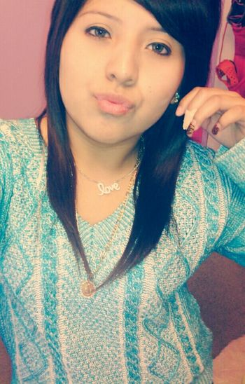 Kisses To All My Friends<3