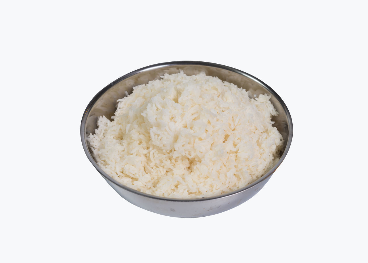 white background, studio shot, food and drink, bowl, indoors, food, cut out, rice - food staple, wellbeing, still life, freshness, no people, healthy eating, ready-to-eat, breakfast, meal, copy space, close-up, white color, rice, oatmeal, porridge, temptation