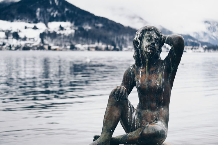 Statue Water Focus On Foreground Nature Day Sea No People Sculpture Representation Art And Craft Outdoors Close-up Metal Statue Statue Relaxing Vacations Bird Poop Pidgin Outdoor Art Art Lake Mammal Animal One Animal Animal Themes Vertebrate Beach Non-urban Scene Mouth Open Animal Head