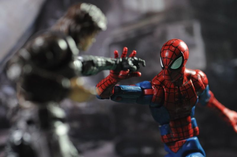 [2/3] you have a metal arm?! Civilwar WinterSoldier Spiderman ACBA Articulated Comic Book Art Acbaglobal Acbafam Marvellegends Marvel Comics Marvel
