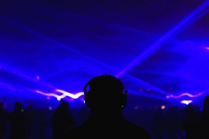 Lumiere London 2018 LumiereLDN Headphones Light London Nightphotography Laser Lumiere London Music Music Festival Popular Music Concert Silhouette