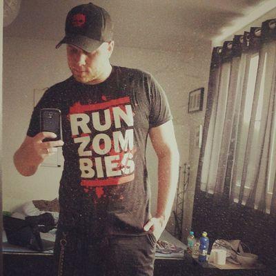 So inlove with my new Shirt Zombies  Thewalkingdead RunDmc germanboy selfie