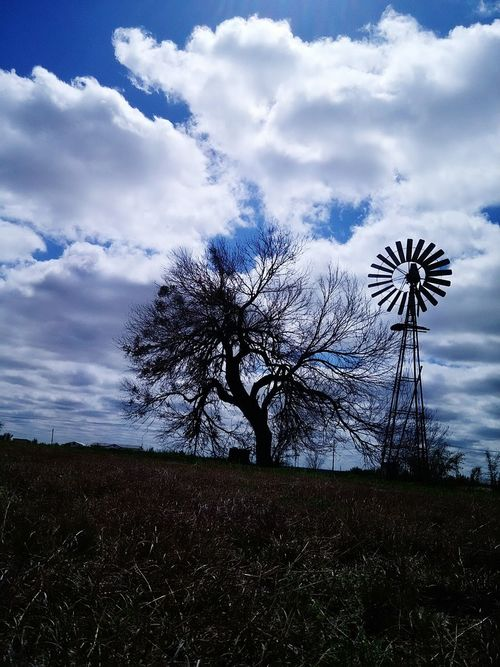 Good ole Country Sky. Cloudporn Clouds And Sky Hugging A Tree TreePorn Windmill Country Life Eye4photography  Popular Photos Open Edit